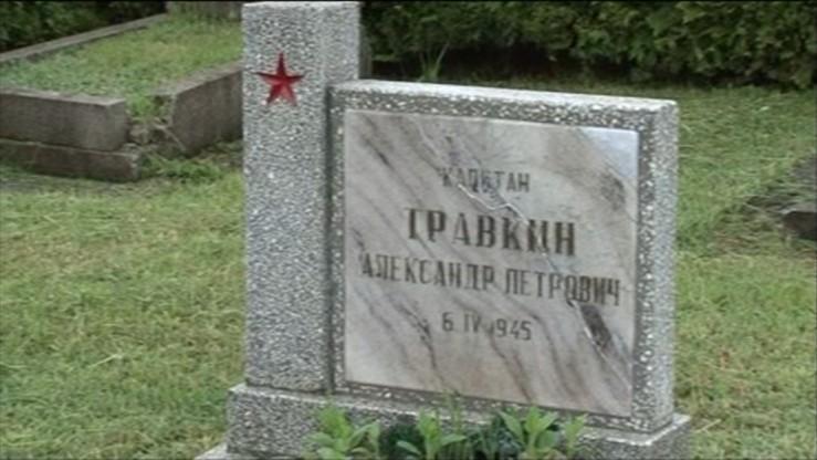 """Rosyjska Duma Państwowa """"głęboko oburzona"""" z powodu profanacji miejsc pamięci w Polsce"""