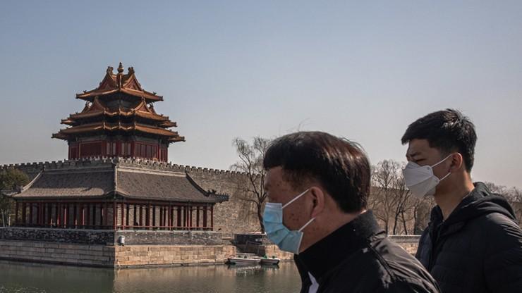 Chiny: maleje liczba zakażeń i zgonów wywołanych koronawirusem