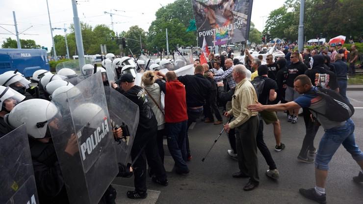 KGP: policjanci w Gdańsku profesjonalni, wątpliwości ws. przymusu