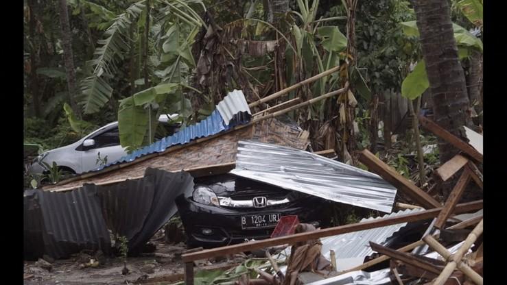 Trzęsienia ziemi w Indonezji. Dwa silne wstrząsy