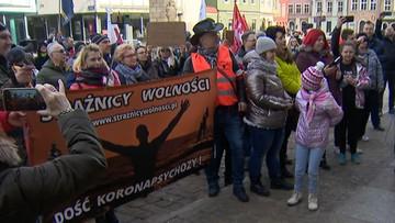 Antyszczepionkowcy wyszli na ulice Poznania