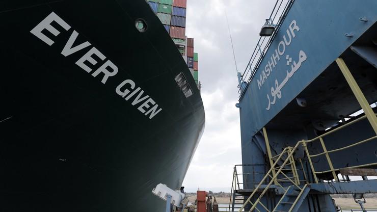 Szósty dzień walki o odblokowanie Kanału Sueskiego. Czeka ponad 320 statków