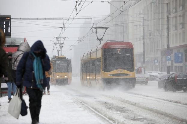 Atak zimy. Prognoza pogody na wtorek, 9 lutego. Synoptyk o mrozie i opadach śniegu