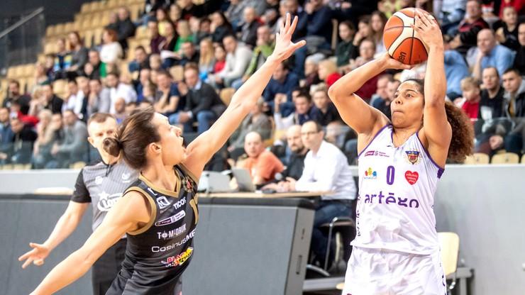 Ekstraklasa koszykarek: Julie McBride wraca do Bydgoszczy
