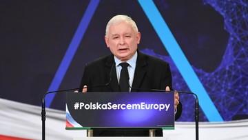 Sondaż CBOS: wysokie poparcie dla PiS. Partia Kaczyńskiego z wynikiem 43 proc. PO na drugim miejscu