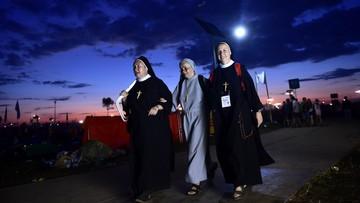 Brzegi: nocne oczekiwanie na kolejne spotkanie z Franciszkiem