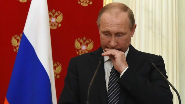 """Kreml potępia demontaż sowieckich pomników. """"Zuchwała kampania w Polsce"""""""