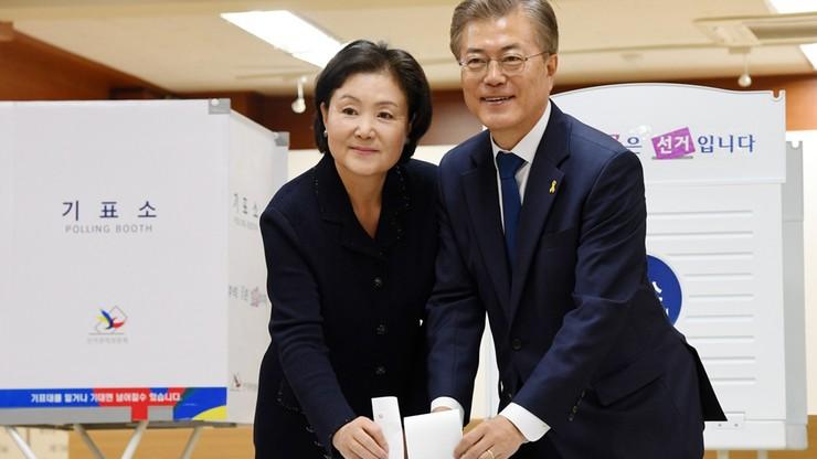 Wybory prezydenckie w Korei Płd. Po skandalu korupcyjnym