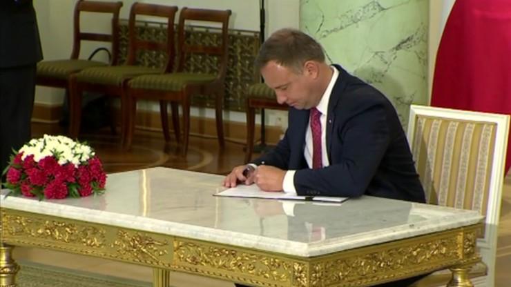 """Ustawa o """"małym ZUS"""" z podpisem prezydenta. Ma objąć ok. 175 tys. firm"""