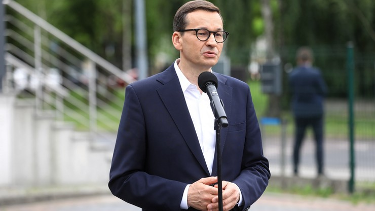 Premier Morawiecki promuje Polski Ład. Inwestycje w m.in boiska, rolnictwo i innowacje