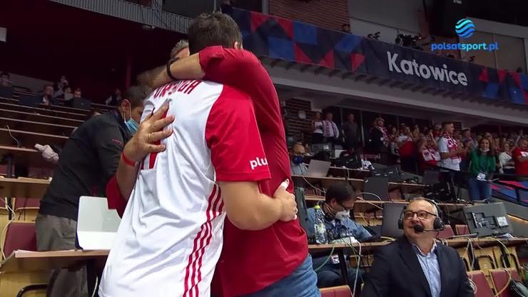 Wzruszająca radość ojca i syna! Fabian Drzyzga wpadł w ramiona Wojciecha