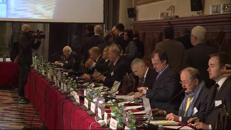 Polskie argumenty: wiele uwag Komisji Weneckiej - politycznych