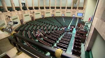 CBOS: 65 proc. badanych pozytywnie ocenia prezydenturę Dudy; 64 proc. - negatywnie pracę Sejmu