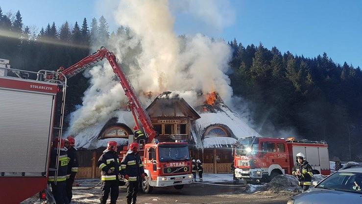 Ogromny pożar karczmy w Zawoi. Z lokalu zostały zgliszcza