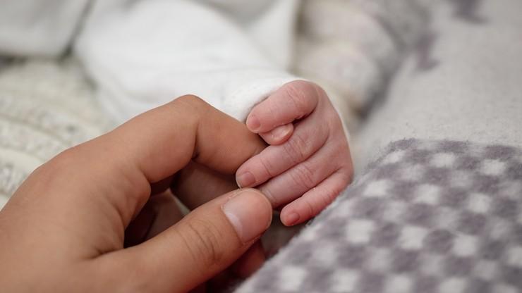 Wielkopolskie. Urodziła w łazience, noworodek zmarł. Prokuratura wszczęła śledztwo