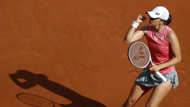 Roland Garros: Niesamowity mecz Igi Świątek i Bethanie Mattek-Sands! Wyeliminowały najwyżej rozstawione deblistki - Polsat Sport