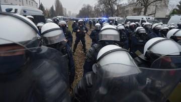 Sąd uniewinnił policjanta skazanego za nadużycie siły podczas demonstracji