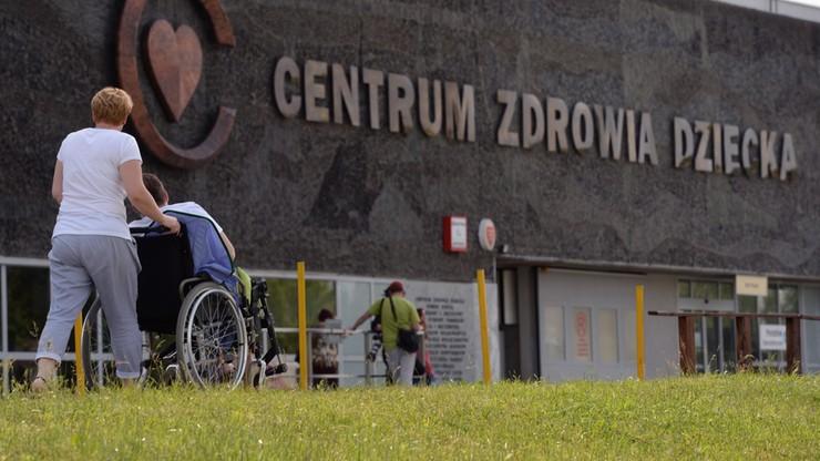 """Pielęgniarki z CZD odkładają referendum. """"Dla dobra pacjentów"""""""