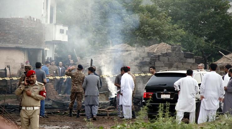 Samolot wojskowy spadł w Pakistanie. Zginęło co najmniej 17 osób