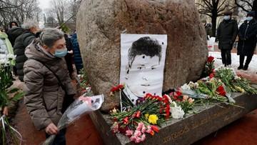 Szósta rocznica zabójstwa Borysa Niemcowa. Rosjanie oddają hołd