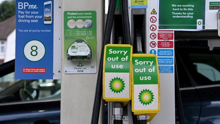 Wielka Brytania. Wyślą wojsko, by dowoziło paliwo do stacji benzynowych?