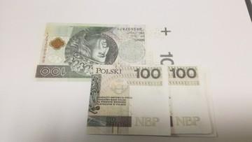 Policja zatrzymała mężczyzn podejrzanych o wprowadzenie do obrotu podrobionych pieniędzy