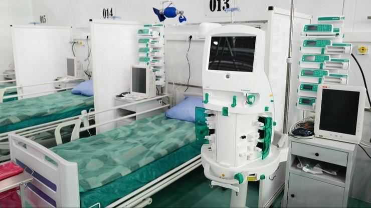 Koronawirus w Polsce. Coraz więcej zajętych łóżek dla pacjentów z Covid-19