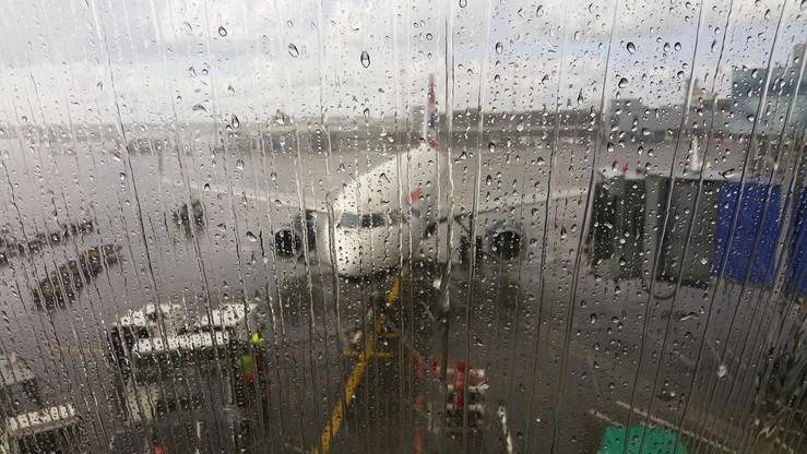 """Przedsiębiorstwo """"Porty Lotnicze"""" chce zniesienia zasady jednomyślności dla udziałowców w Modlinie"""