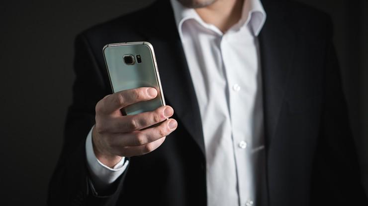 Ponad 300 tys. Polaków ma długi w firmach telekomunikacyjnych. Rekordzista jest winien 189,5 tys.