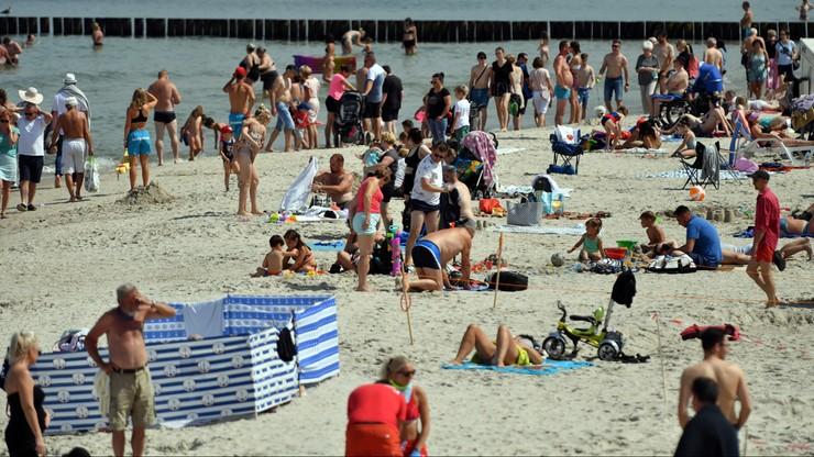 Wydano ponad 300 tys. bonów turystycznych. Jak zgłaszać próby oszustwa?