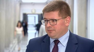 """Rzymkowski: fakt, że nie powitano w sobotę Tuska to """"mały skandalik polityczny"""""""