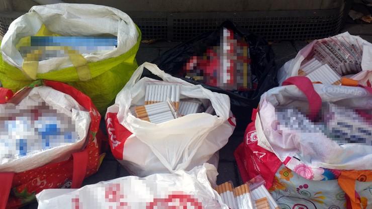 Warszawa: ponad 9 tys. sztuk papierosów w sklepie z zabawkami