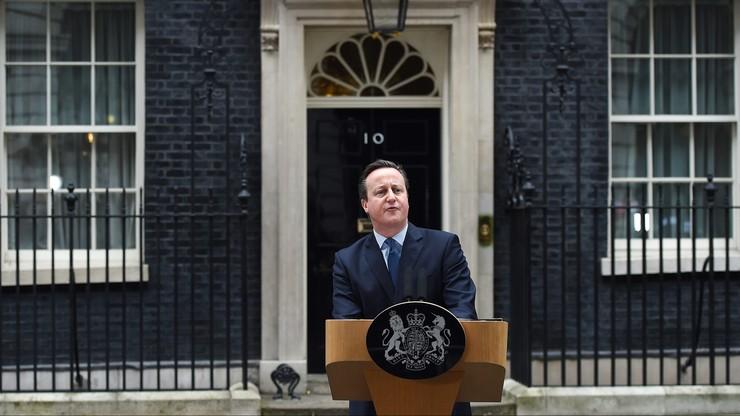 """""""Nazywasz to porozumieniem, Dave?"""". Brytyjska prasa o ustaleniach z Brukseli"""