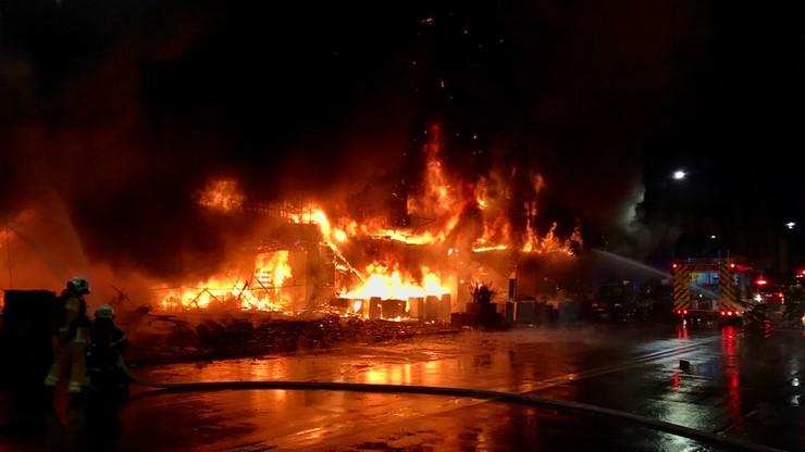 Tajwan. Pożar 13-piętrowego budynku. Według władz bilans ofiar może przekroczyć 40 osób