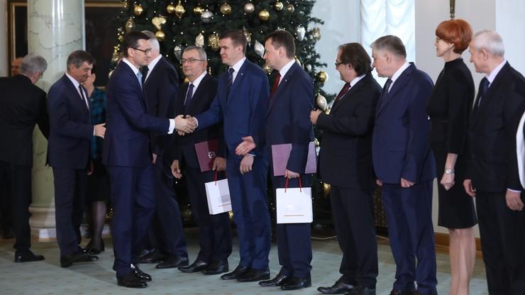 """Zagraniczne media o rekonstrukcji rządu Morawieckiego. """"Przetasowania, by zmniejszyć napięcia z UE"""""""