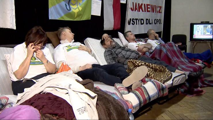 Przeciwnicy powiększenia Opola wznowili w Dobrzeniu Wielkim strajk głodowy