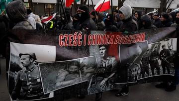 """""""Faszystowskie symbole na marszu narodowców w Hajnówce"""". Zawiadomienie do prokuratury"""