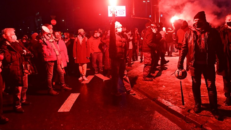 Manifestacja Strajku Kobiet w Warszawie. Policja zatrzymała 11 osób