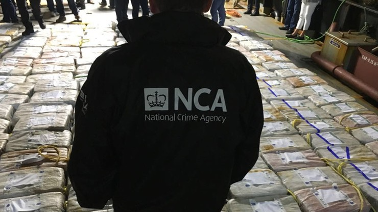 Prawie 4 tony kokainy na statku zatrzymanym na Atlantyku