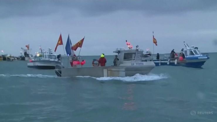 Ponad 50 kutrów blokuje port. Protest francuskich rybaków