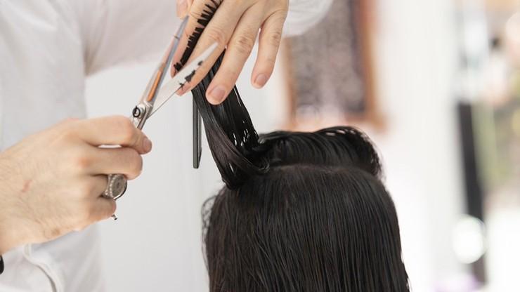 Luzowanie obostrzeń. Otwarte salony fryzjerskie, wraca nauka hybrydowa