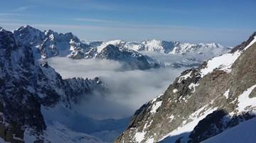 Niemal 2,5 metra śniegu na Kasprowym Wierchu. Trzeci stopień zagrożenia lawinowego w Tatrach