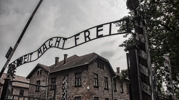 Wnuk komendanta obozu Auschwitz oszukiwał ofiary Holokaustu
