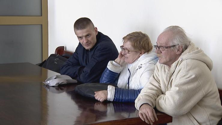 Prokuratorzy przesłuchali matkę, ojczyma i brata Tomasza Komendy