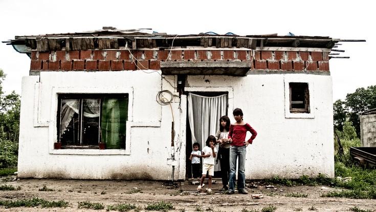 Pod Paryżem zlikwidowano obóz Romów