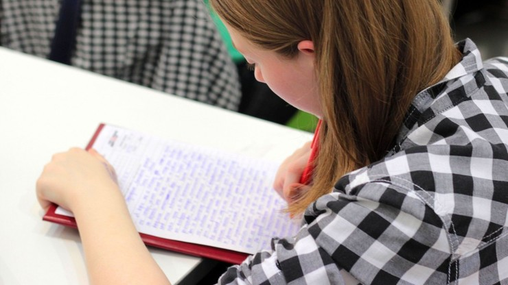 Rzecznik Praw Dziecka: uczniowie klas siódmych przeciążeni nauką