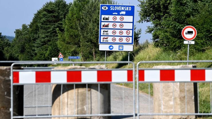 Nowe zasady przekraczania granic na Słowacji. Korki i protesty na przejściach
