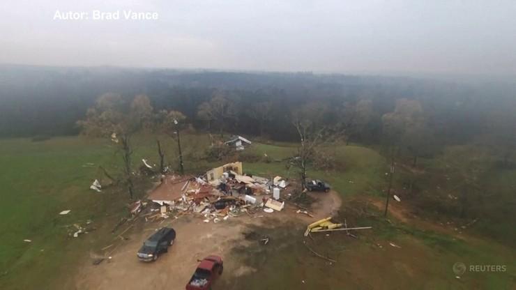 Niszczycielska seria tornad. Tysiące mieszkańców USA bez prądu
