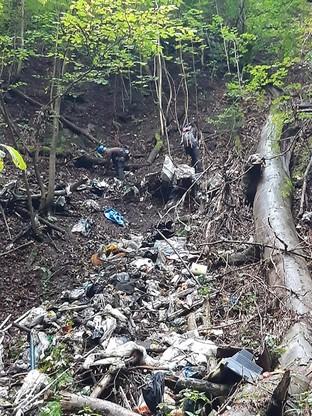 Bez specjalistycznego wsparcia sprzątnięcie doliny górskiego potoku Czerwona Woda byłoby niemożliwe