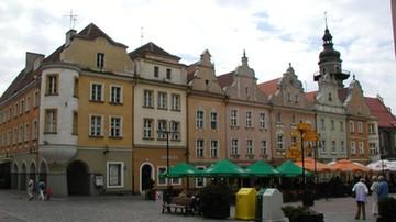 Opole: kandydaci na prezydenta zrezygnowali z debaty przez organizatora, który zakaz udziału mediów